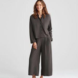 Eileen Fisher 2 Piece Bark Gray Crepe Top Pant Set
